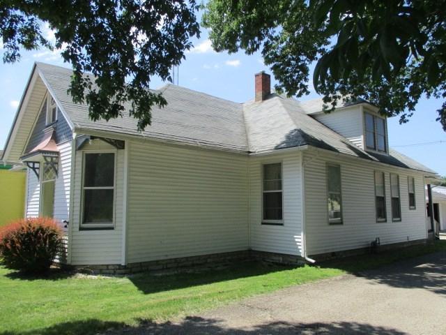 515 Edward Street, Henry, IL 61537 (#1194947) :: The Bryson Smith Team