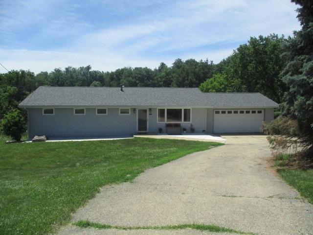17600 W Southport, Brimfield, IL 61517 (#1195410) :: Adam Merrick Real Estate