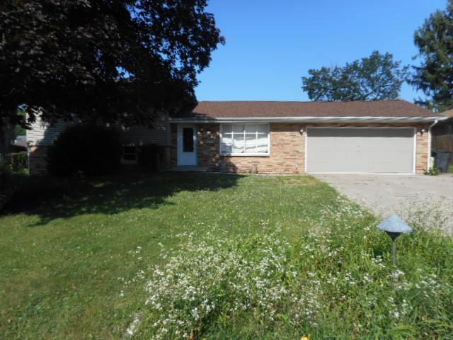 3819 N Lynnwood, Peoria, IL 61614 (#1196032) :: Adam Merrick Real Estate