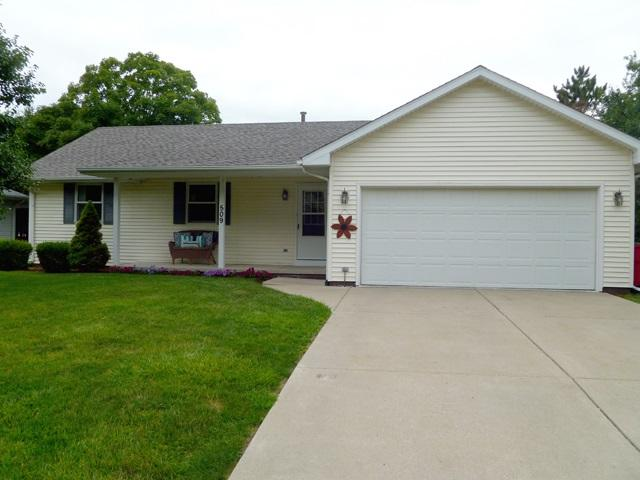 509 N Pekin Lane, Hanna City, IL 61536 (#1196629) :: Adam Merrick Real Estate