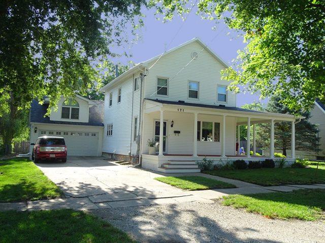 171 N East Street, Farmington, IL 61531 (#1197075) :: Adam Merrick Real Estate
