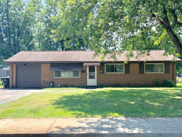 2404 W Gilbert, Peoria, IL 61604 (#1197260) :: Adam Merrick Real Estate