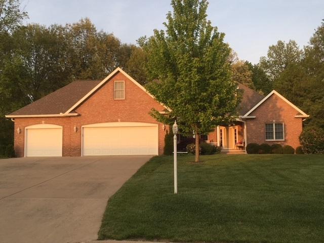 113 Camelin Drive, Washington, IL 61571 (#1197385) :: Adam Merrick Real Estate