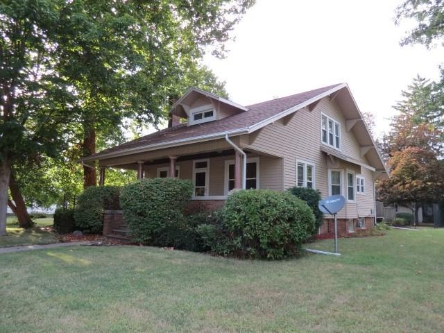 301 W Main Street, Elmwood, IL 61529 (#1197419) :: Adam Merrick Real Estate