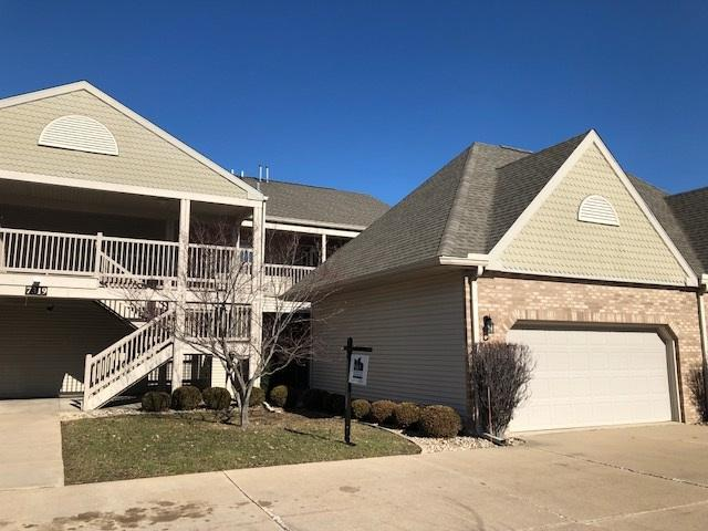 7319 N Villa Lake Drive #4, Peoria, IL 61615 (#1197957) :: Adam Merrick Real Estate