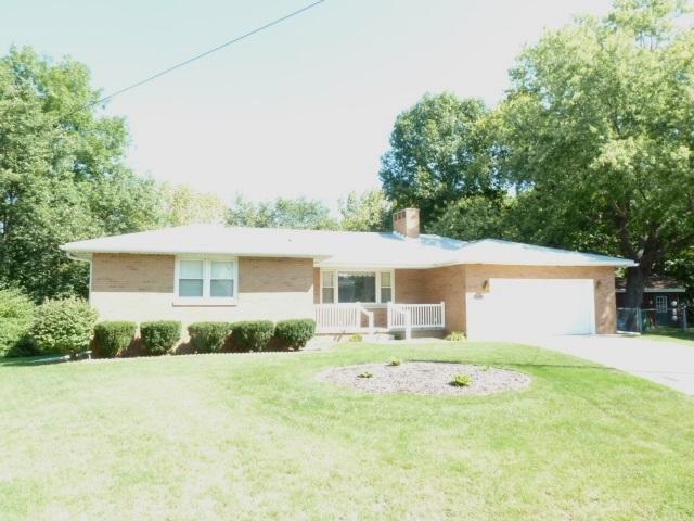 109 Briar Court, East Peoria, IL 61611 (#1198284) :: Adam Merrick Real Estate