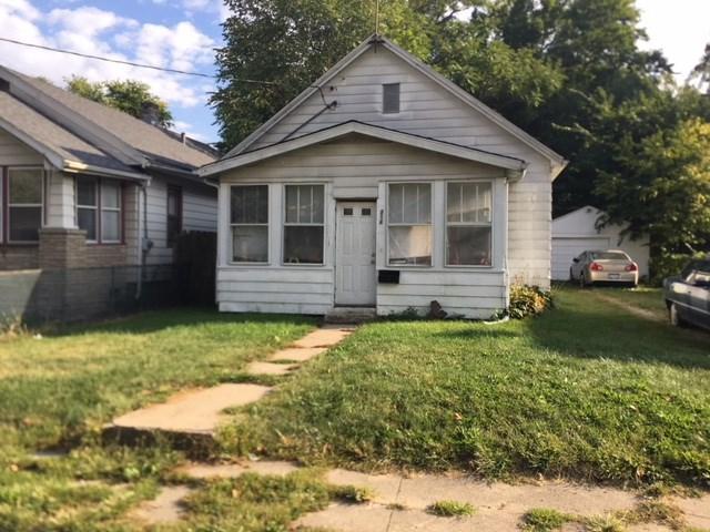 814 E Virginia, Peoria, IL 61603 (#1198549) :: Adam Merrick Real Estate
