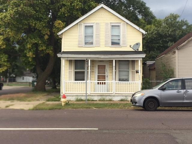 1443 Jefferson, Peoria, IL 61605 (#1198551) :: Adam Merrick Real Estate