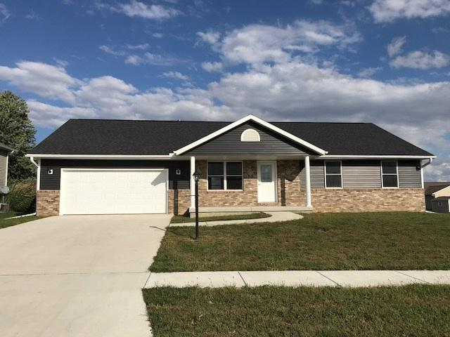 2119 Cody Drive, Eureka, IL 61530 (#1198653) :: Adam Merrick Real Estate