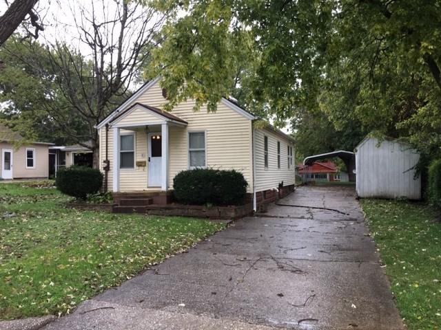 745 N 7TH Avenue, Canton, IL 61520 (#1199075) :: Adam Merrick Real Estate