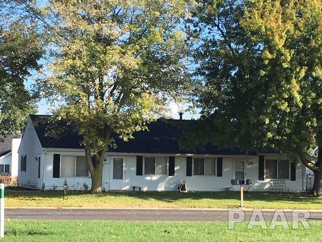 1507&1509 E Myrtle Street, Canton, IL 61520 (#1199093) :: Adam Merrick Real Estate