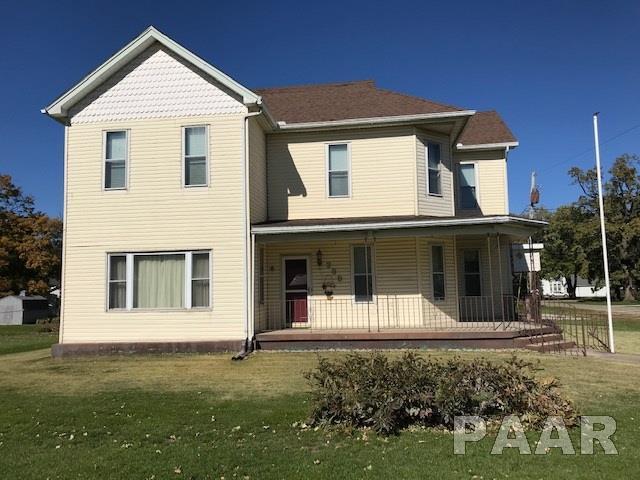200 W Gilman, Secor, IL 61771 (#1199349) :: Adam Merrick Real Estate