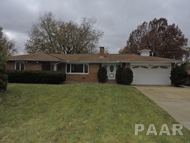 1517 Glendale Avenue, Pekin, IL 61554 (#1201027) :: Adam Merrick Real Estate