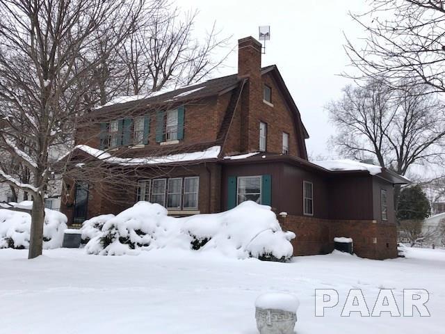 607 W Maywood Avenue, Peoria, IL 61604 (#1201130) :: The Bryson Smith Team