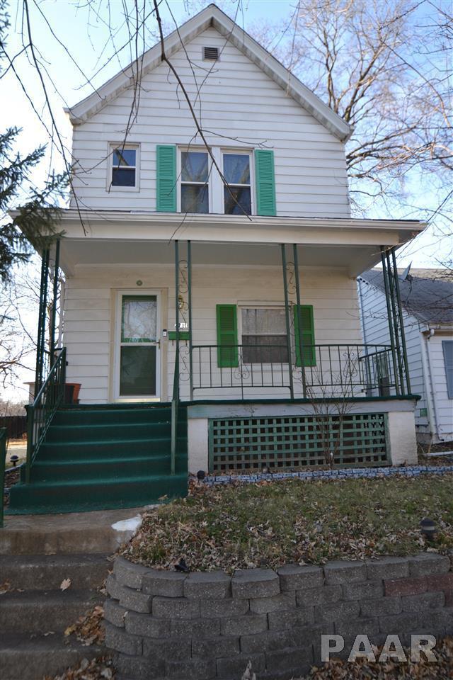 2711 N Dechman Avenue, Peoria, IL 61603 (#1201175) :: Adam Merrick Real Estate