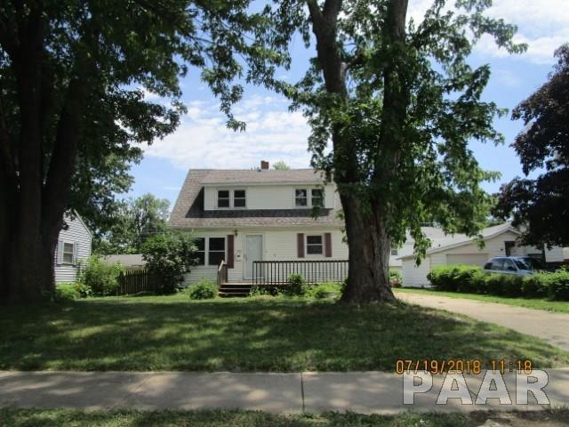 1422 Howard Court, Pekin, IL 61554 (#1201881) :: Adam Merrick Real Estate
