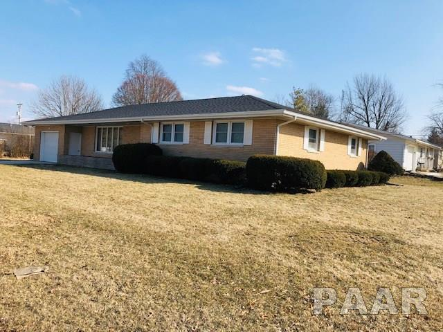 1007 Randolph, Roanoke, IL 61561 (#PA1202285) :: Adam Merrick Real Estate