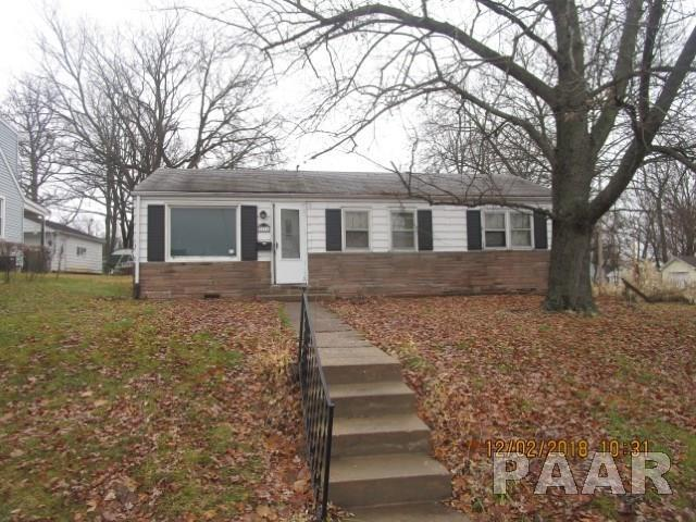 3816 N Ashton Avenue, Peoria, IL 61614 (#PA1203596) :: Adam Merrick Real Estate