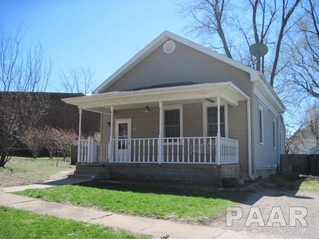 108 W Second Street, Delavan, IL 61734 (#PA1203673) :: Adam Merrick Real Estate