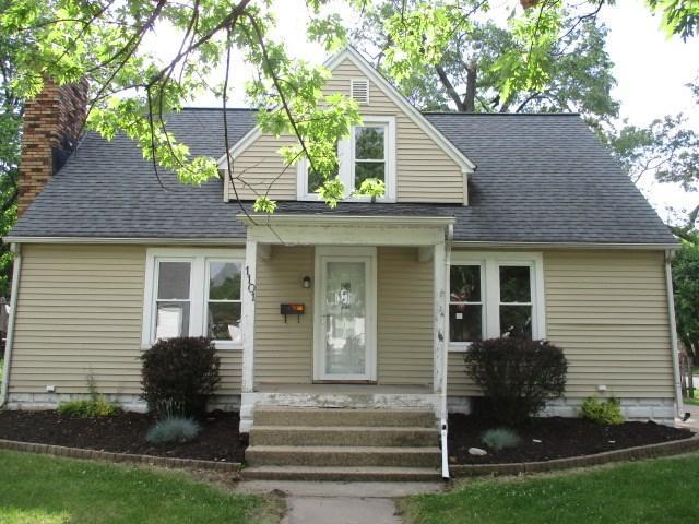 1101 S 9TH Street, Pekin, IL 61554 (#PA1205939) :: Adam Merrick Real Estate