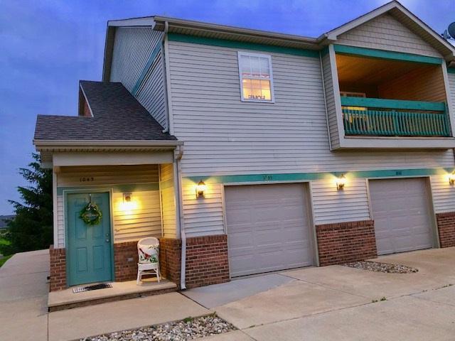 1045 Mallard Way, Washington, IL 61571 (#PA1205952) :: Adam Merrick Real Estate