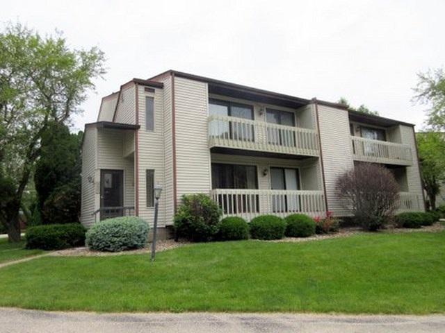5805 36TH Avenue Court, Moline, IL 61265 (#QC259) :: Adam Merrick Real Estate