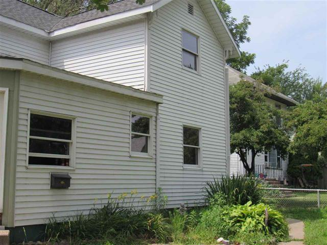 749 13TH Avenue South, Clinton, IA 52732 (#QC625) :: Adam Merrick Real Estate