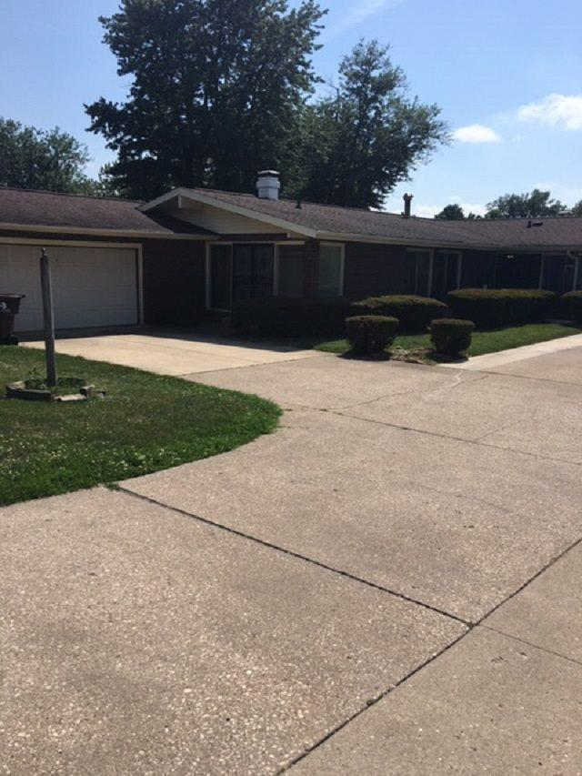 5513-5515 N University Street, Peoria, IL 61614 (#PA1207010) :: Killebrew - Real Estate Group