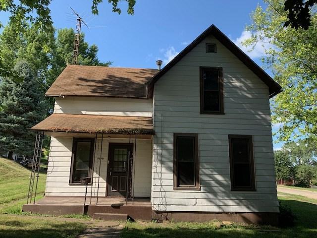 80 30TH Avenue North, Clinton, IA 52732 (#QC4204283) :: Adam Merrick Real Estate