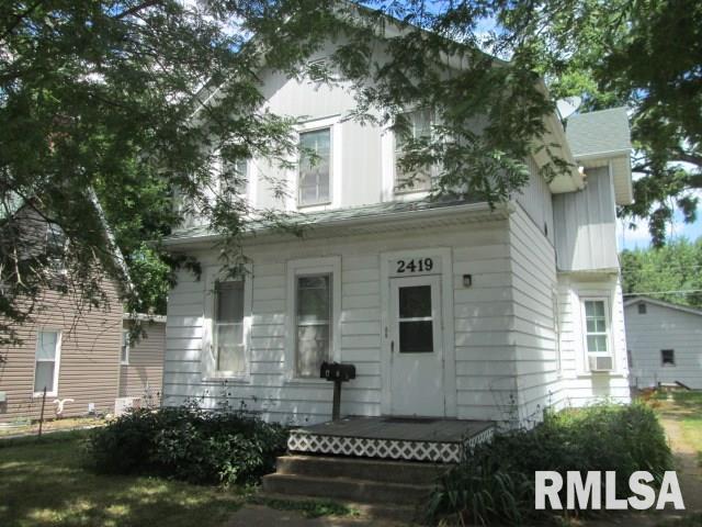 2419 6TH Avenue #2, Moline, IL 61265 (#QC4204483) :: Killebrew - Real Estate Group