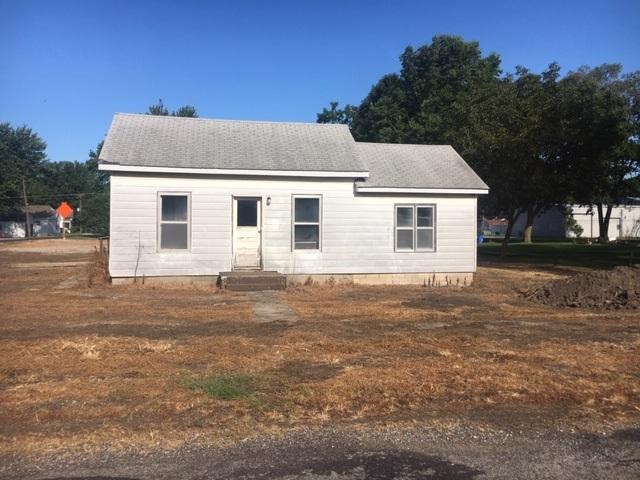 326 S Dye Street, Virden, IL 62690 (#CA1181) :: Adam Merrick Real Estate