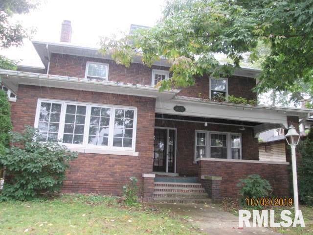 256 16TH Avenue, East Moline, IL 61244 (#QC4206814) :: Killebrew - Real Estate Group