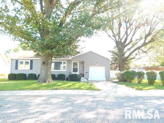 504 S Glen Avenue, Morton, IL 61550 (#PA1209926) :: Adam Merrick Real Estate