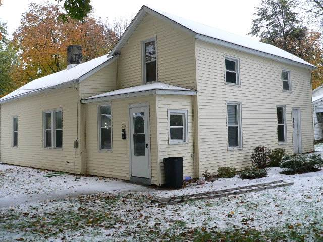316 N Washington Street, Lacon, IL 61540 (#PA1210233) :: Adam Merrick Real Estate