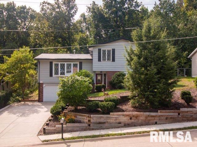 3313 9TH Street A, Moline, IL 61265 (#QC4207517) :: Adam Merrick Real Estate