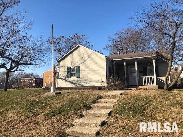 917 N First Street, Chillicothe, IL 61523 (#PA1211292) :: Adam Merrick Real Estate