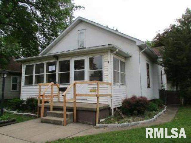 1102 S Capitol Street, Pekin, IL 61554 (#PA1215358) :: RE/MAX Preferred Choice