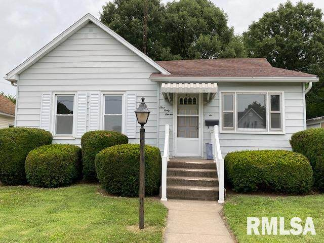 147 W Hickory Street, Canton, IL 61520 (#PA1216938) :: RE/MAX Preferred Choice