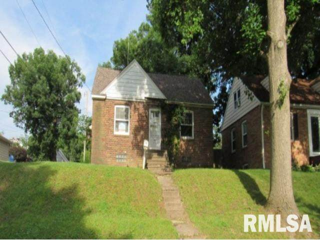 2345 26TH Street, Rock Island, IL 61201 (#QC4213916) :: RE/MAX Preferred Choice