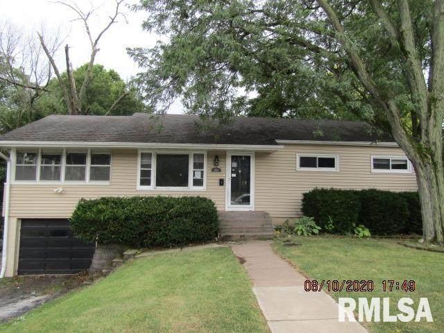 1502 23RD Avenue, East Moline, IL 61244 (#QC4214539) :: Killebrew - Real Estate Group