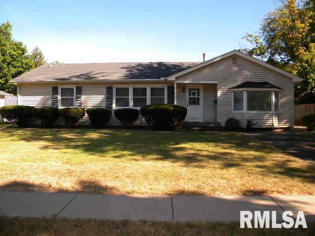 3301 26TH Avenue, Rock Island, IL 61201 (#QC4215044) :: Paramount Homes QC