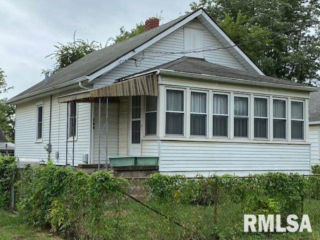 557 Chicago Street, East Peoria, IL 61611 (#PA1218612) :: RE/MAX Preferred Choice