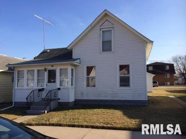 918 13TH Avenue, Fulton, IL 61252 (#QC4216084) :: Nikki Sailor | RE/MAX River Cities