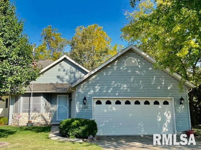 19298 Pinecrest Road, Petersburg, IL 62675 (#CA1003220) :: Killebrew - Real Estate Group