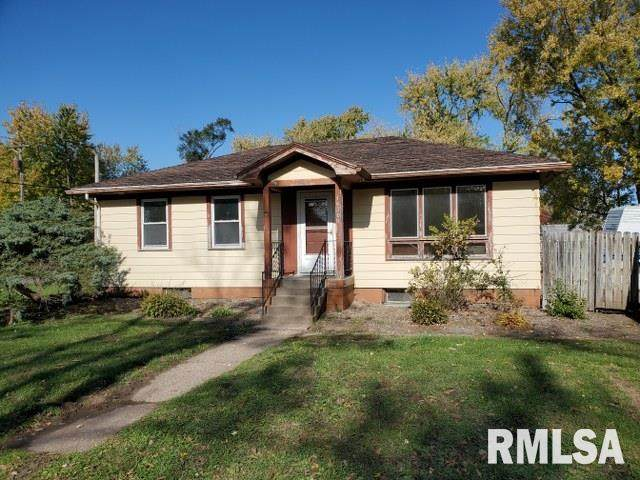 16305 3RD Avenue, East Moline, IL 61244 (#QC4217028) :: Paramount Homes QC