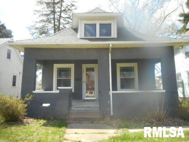 1169 25TH Street, Moline, IL 61265 (#QC4217858) :: The Bryson Smith Team