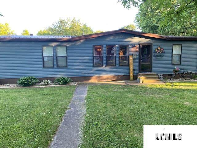 819 E Pine Street, Mason City, IL 62664 (#CA1005294) :: Paramount Homes QC