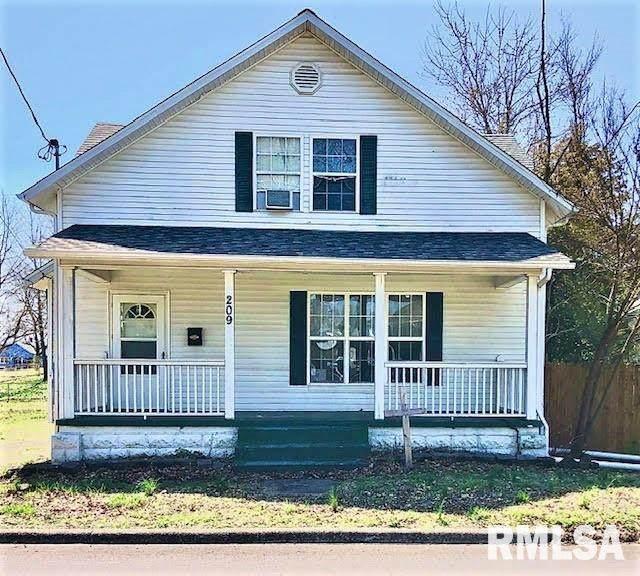 209 W 9TH Street, Johnston City, IL 62951 (#QC4219829) :: Killebrew - Real Estate Group