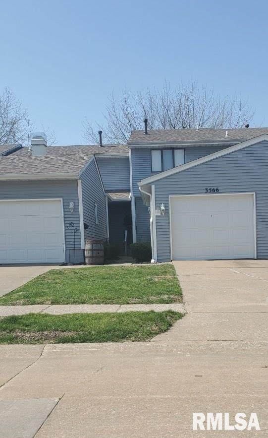 3566 Cedarview Court, Bettendorf, IA 52722 (#QC4220243) :: Nikki Sailor | RE/MAX River Cities