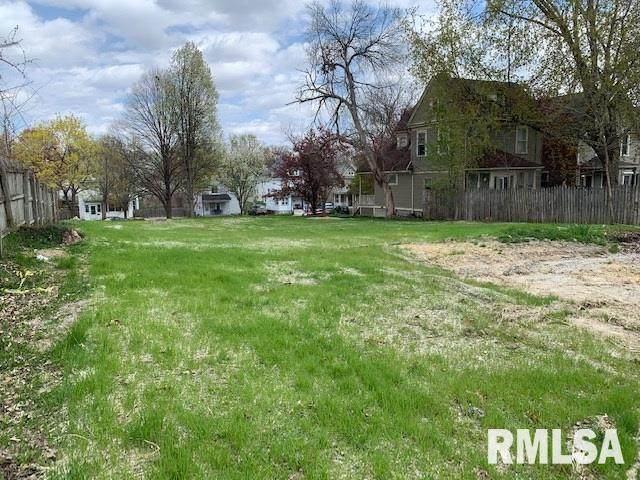 1005 Kirkwood Boulevard, Davenport, IA 52803 (#QC4220789) :: Nikki Sailor | RE/MAX River Cities